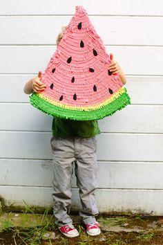 Watermelon pinata   - DIY Pinata : 15 Creative Ideas