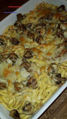 Schwäbisches Filetpfandl   Chefkoch - #pancakecasserole Pancake Healthy, Best Pancake Recipe, Easy Dinner Recipes, Pasta Recipes, Easy Meals, Vegetable Stew, Vegetable Recipes, Popular Recipes, Casserole Dishes