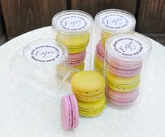 Macarons in round clear packaging