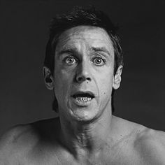 Iggy by Robert Mapplethorpe. This portrait really captures the rawness and honesty of Iggy Pop. The honesty seems to come from the candid, caught in the moment, pose along with the apparent lack of touch up editing. Iggy Pop, Joseph Cornell, Patti Smith, Black And White Portraits, Black And White Photography, Victor Hugo, Robert Mapplethorpe Photography, Tv Movie, Poesia Visual