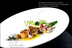 Chefs are exposed Chefs, Plate Presentation, Food Plating, Plating Ideas, Le Chef, Culinary Arts, Restaurant Recipes, Fine Dining, Food For Thought
