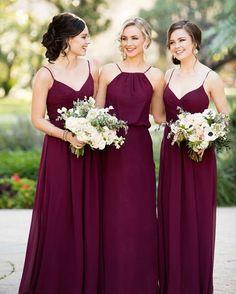 Gente do céu... APAIXONEI por esses vestidos na cor marsala! Que maravilhosos!