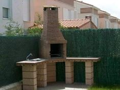 Esteban and I want to build one of these in our future backyard. Brick Built Bbq, Barbeque Design, Outdoor Barbeque, Balcony Bar, Outdoor Dining, Outdoor Decor, Grill Time, Fire Pit Designs, Brick Building
