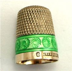 Vtg English Sterling Silver Chartreuse Enamel Gold Vermeil Thimble James Swan