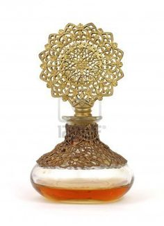 Vintage perfume bottle is sculptured in style #eccosmile, #sculptured65