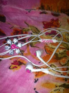 Customized Earbuds