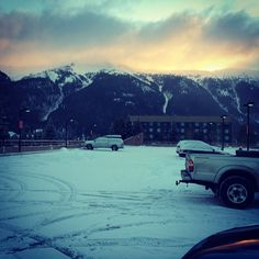 @Austyn Williams- #Mondays aren't such a drag when they start like this. @Copper Mountain #todaysunrise