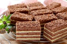 Dessert Drinks, Dessert Recipes, Desserts, Chocolate Recipes, Chocolate Cake, Romanian Food, Pastry Cake, Ice Cream Recipes, Croissant