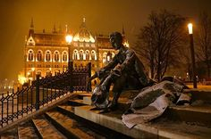 Statue of József Attila near Parliament Street Lamp, Budapest Hungary, Amazing Architecture, Homeland, Amazing Places, Beautiful World, Statues, Amsterdam, The Good Place