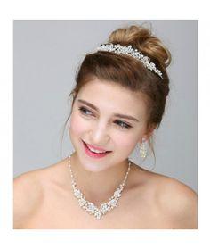Set tiara, colier si cercei Princess   Pret:259lei  #settiaramireasa
