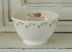 Caroline Zoob robin & holly large bowl