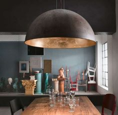 We are Leading Supplier of Interior & Exterior Lights in Australia. Shop online from our full range of luxury Glass & Brass Interior Pendant Lights now! Rustic Pendant Lighting, Copper Pendant Lights, Copper Lighting, Pendant Lamp, Residential Interior Design, Interior Exterior, Luminaire Design, Dining Room Lighting, Exterior Lighting