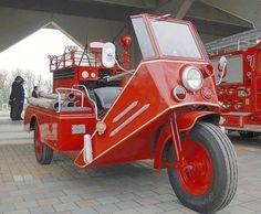 三輪消防ポンプ車