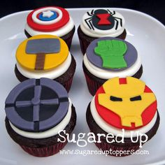 Avengers Party // Avengers Cupcakes