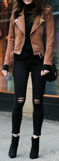 Cute spring outfits / Brown Jacket / Black Ripped Skinny Jeans / Black Suede Booties