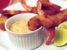 Camarones empanizados con mayonesa y chipotle Recipe - KitchenDaily