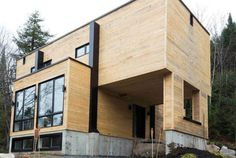 man-transforms-shipping-containers-into-nice-home-2