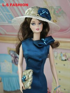 Barbie in Blue She reminds me of Princess Kate at a polo match Play Barbie, Barbie I, Barbie World, Barbie And Ken, Vintage Barbie Clothes, Doll Clothes, Polo Match, Don't Blink, Blue Style
