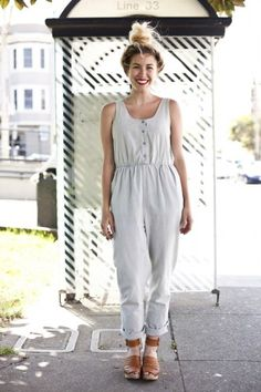 e66857fc51 Street Style Fashion - Real Girl Outfit Inspiration