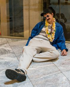 """My daughter is strutting her stuff at DragonCon 2013 this weekend! She is going as (and yes, I'll try to post a picture later!) Found this picture from an article.hilarious 'Bernie' from """"Weekend at Bernies""""! I do love geeks!"""