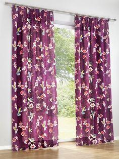 Dekorativ mit Kolibri und Blüten bedruckt. Halbtransparent. Ein echter Hingucker für jeden Raum. Materialzusammensetzung: Obermaterial: 100% Baumwolle...