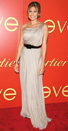 200 Celebrity Looks We Love - Eva Mendes in Philosophy di Alberta Ferretti, 2007 from #InStyle