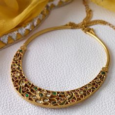 bridal jewelry for the radiant bride India Jewelry, Temple Jewellery, Jewelry Sets, Fine Jewelry, Indian Wedding Jewelry, Bridal Jewelry, Anklet Jewelry, Indian Bridal, Antique Jewelry