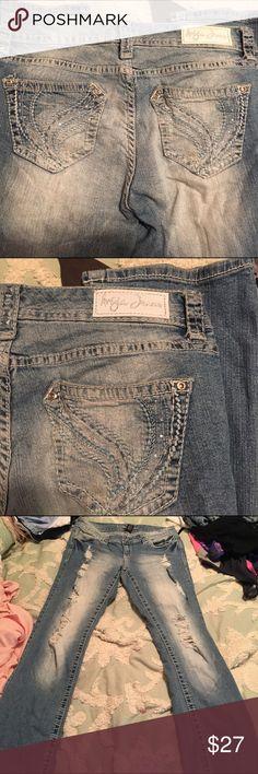 Bluejeans Ariya jeans size 3 /4 short Jeans Boot Cut