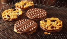 Biscuit Recipes Uk, Uk Recipes, Bbc Good Food Recipes, Cookie Recipes, Dessert Recipes, Yummy Food, Xmas Desserts, Summer Desserts, Florentine Biscuits