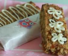 Recipe Clone of Wheat, nut & dairy-free muesli slice/ bars by learn to make this recipe easily in your kitchen machine and discover other Thermomix recipes in Baking - sweet. Muesli Slice, Muesli Bars, Cake Pops, 16 Bars, Dairy Free Recipes, Gluten Free, Kids Meals, Sweet Recipes, Sweet Treats