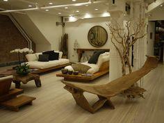 Donna Karan Urban Zen Pop-Up Shop in New York City. Luv the platform couches!