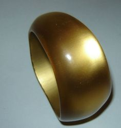 OLD-Vintage-ART-DECO-Plastic-Lucite-Bracelet-Bangle  $39