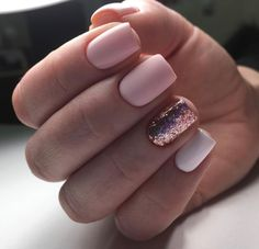 Matte pink, rose gold glitter, and white nails make for the most perfect manicure. Love the short, square shape on these stunning natural nails.