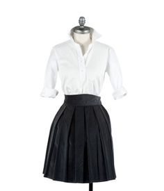 classic. Want that skirt.
