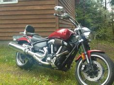 The 2006 Star Warrior motorcyle is a warrior on the road indeed. Click pic for selling info.
