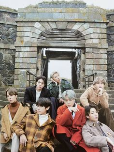Discovered by 𝑼𝑩 𝑱𝒆𝒐𝒏 𝑱𝒖𝒏𝒈𝒌𝒐𝒐𝒌. Find images and videos about kpop, bts and jungkook on We Heart It - the app to get lost in what you love. Foto Bts, Seokjin, Namjoon, Taehyung, Jungkook Jimin, Bts Bangtan Boy, Yoongi Bts, Winter Cliparts, Bts Wallpaper