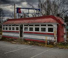 What a great image of an abandoned diner in New Jersey!