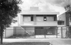 Casa Hartung, calle de Morelos 2156, Arcos Vallarta, Guadalajara, Jalisco, México 1955 Arq. Horst Hartung