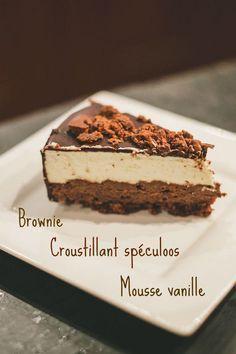 Entremets brownie, croustillant spéculoos et mousse vanille