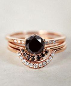 Black Diamonds Rings / Bohemian Jewels (instagram @the_lane)