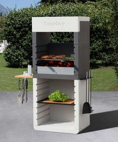 Barbecue This design tastes good! SUNDAY ONE HOOD This piece is in granular marble, with chromed grill and height adjustable shelving. Design Barbecue, Barbecue Area, Grill Design, Simple Outdoor Kitchen, Patio Kitchen, Parrilla Exterior, Custom Bbq Pits, Built In Braai, Brick Bbq