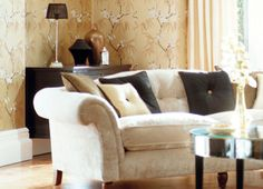 Extravagance Wallpapers by Harlequin. Radiance in Gold, Onyx and Ivory.