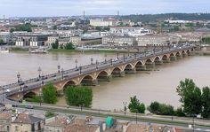 Bordeaux Pont de Pierre vu depuis la flèche Saint-Michel