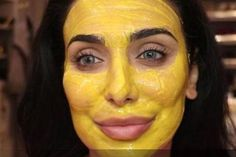 turmeric face mask This DIY Tumeric Face Mask Will Help You Avoid Staining While Still Getting Those Beauty Benefits VIDEO Diy Tumeric Face Mask, Tumeric Masks, Honey Face Mask, Honey Tumeric Mask, Tumeric For Acne, Turmeric Facial, Turmeric Tea, At Home Face Mask, Home