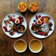 Wednesday : Move over French Toast there's a new kid on the block. Panettone Italian Toast! served on beautiful new plates by @skandihus_london (she really can do no wrong) and a delicious Keemun tea ---------------------------------- I think I've discovered the PERFECT breakfast for Christmas Day (despite the washing up) #symmetrybreakfast #symmetrychristmas by symmetrybreakfast