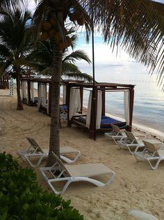 My pic from Riviera Maya, Mexico.  Sep. 2011.  The Royal Playa del Carmen Resort. 2 thumbs up!   855.680.LOVE