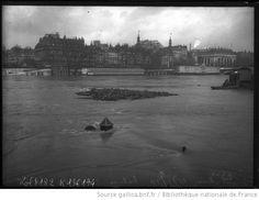 21/1/1910, écluse de La Monnaie [Paris, 1er arrondissement] : [photographie de presse] / [Agence Rol]