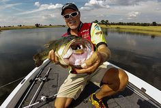 Fall bass fishing gives anglers of all skill levels the opportunity to catch dozens—sometimes hundreds—of bass in a single day. Unfortunately, many of us tend to make things a bit more complicated than they really need to be. Elite Series pro Boyd Duckett makes a concerted effort to simplify his tackle selection throughout the autumn ...