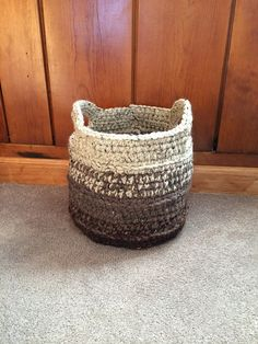 Ravelry: Project Gallery for Chunky Crocheted Basket pattern by Elizabeth Pardue