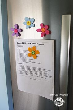 This simple preschool craft needs only two supplies: felt and magnets. Perfect for Spring!
